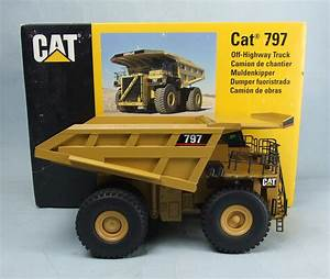 NZG no.466 1/50th scale diecast model of a Cat 797 Off ...