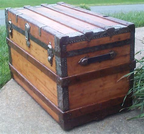 restored antique trunks  sale flat top
