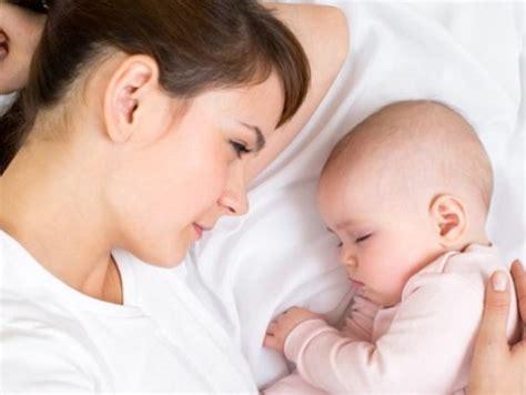 Когда идти к гинекологу после родов?
