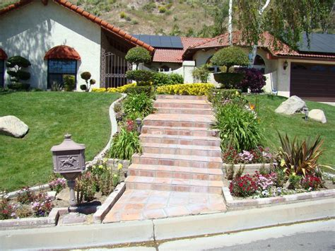 Top 20 Landscape Designs To Improve The Curb Appeal Of