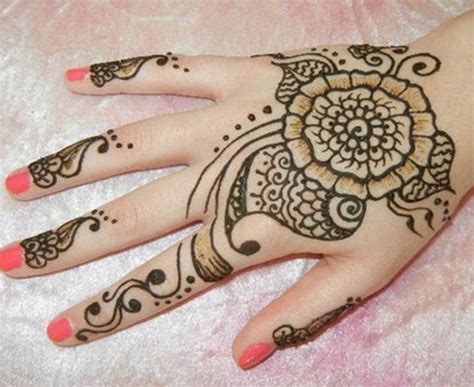 Simple Mehndi Designs Photos Picture Hd Wallpapers  Hd Walls. Egyptian Living Room Furniture. How To Decorate A Living Room With Fireplace And Tv. Cheetah Print Living Room Ideas. Blue And Grey Living Room. Curtain Design Ideas For Small Living Room. Wall Paint Designs For Living Rooms. Living Room Color Ideas With Brown Couches. Upholstery Living Room Furniture