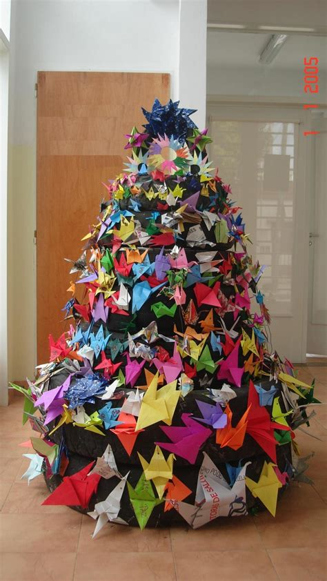 christmas tree recycled tyre paper crane