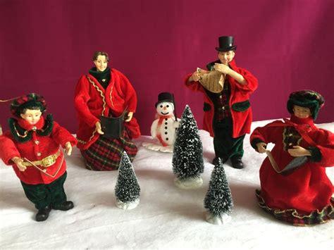 4-piece Charles Dickens Christmas Choir, Snowman And 3