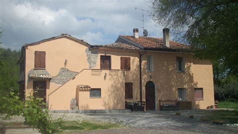 Liare Casa by Il Cantinoccio Un Bed And Breakfast A Cerasolo Provincia