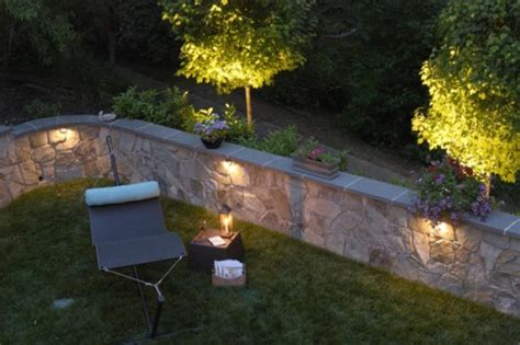 23 Creative Garden Light Ideas