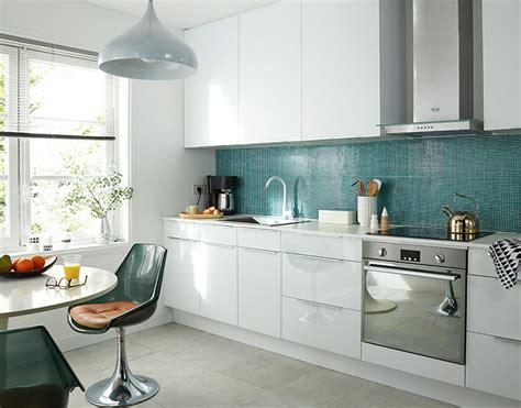 cuisine blanc brillant castorama cuisine artic blanc brillant une cuisine