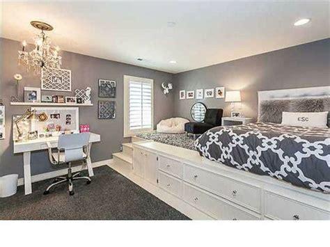 chambre avec estrade bien aménager une chambre avec une estrade