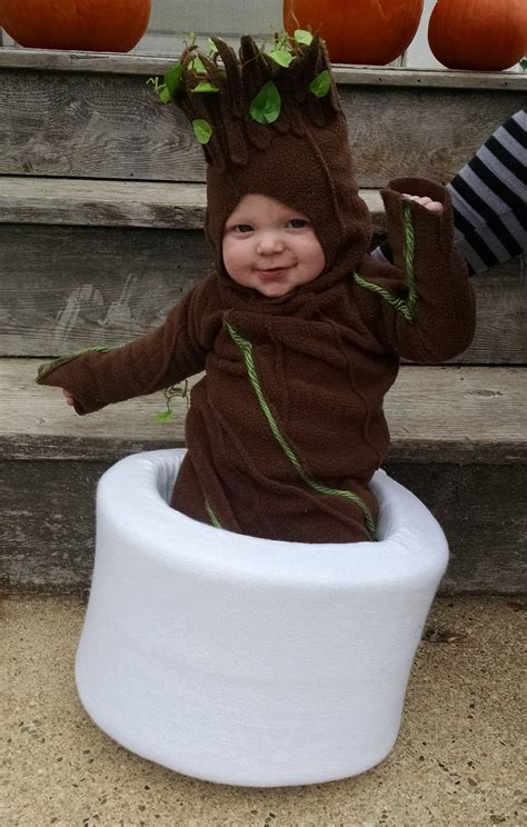 Best Halloween Candy For Toddlers by My Wife Made My Son A Baby Groot Costume For Halloween Pics