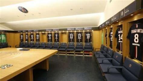 voici les plus beaux vestiaires des plus grands clubs europ 233 ens buzzdefou cr 233 e ton buzz
