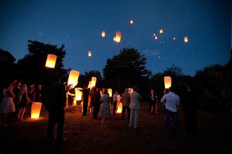 lcher de lanternes mariage lanternes c 233 lestes d 233 coration mariage tendance