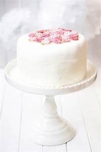 Torte Zum 50 Geburtstag Selber Machen : fondant torte f r anf nger dreierlei liebelei ~ Frokenaadalensverden.com Haus und Dekorationen