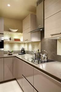 Kleine Küche Einrichten Tipps : kleine k che einrichten 44 praktische ideen f r ~ Michelbontemps.com Haus und Dekorationen