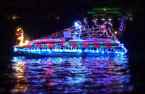 Boat Lights In Kemah by The Boat Parade Of Lights On Lake Conroe