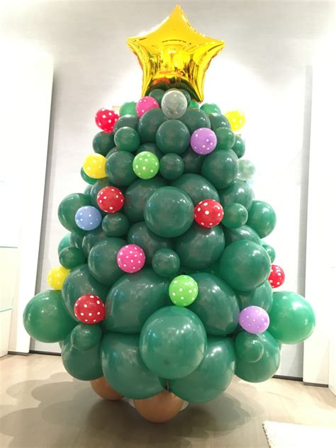 balloon christmas tree decorations that balloons