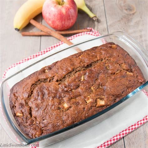 Healthy Apple Cinnamon Banana Bread (video)