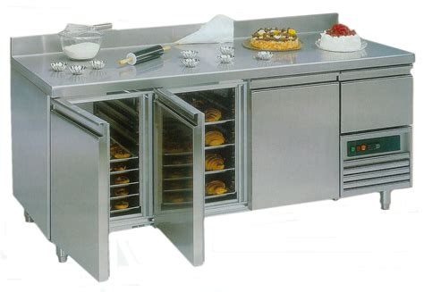 four de cuisine professionnel remorque pas cher pour snack ambulant et materiel