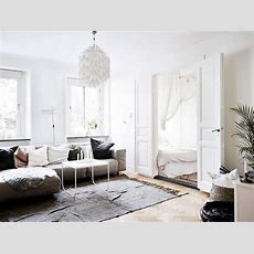Small Scandinavian Home Jelanie