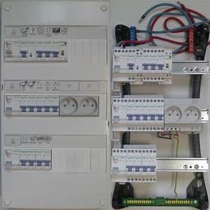 Tableau Electrique 4 Rangées : tableau electrique legrand pas cher ~ Dailycaller-alerts.com Idées de Décoration