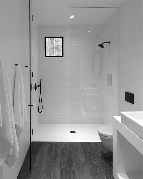 Simple Modern Bathroom Ideas by Minimalist Bathroom Design New In Simple White Bathrooms