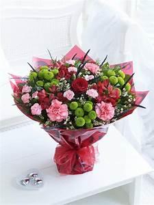Compositions florales 77 idees pour la deco avec des fleurs for Chambre bébé design avec composition florale mariage