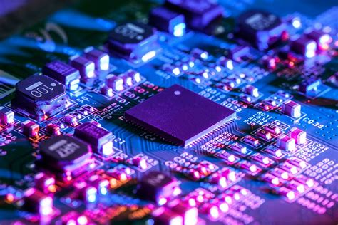 Electrical vs electronic engineers: What's the difference ...