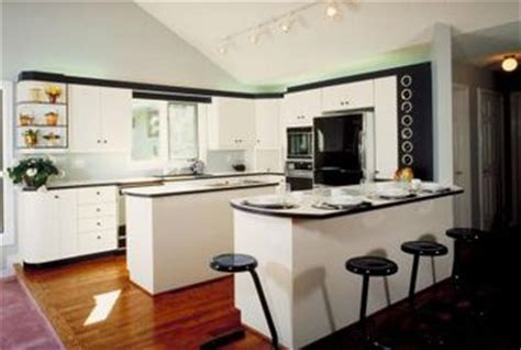 Kitchen Peninsula Measurements by How To Install Kitchen Peninsula Cabinets Without A Wall