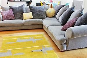 trouvez un canape confortable qui va bien avec votre With tapis jaune avec solde canapé cuir but