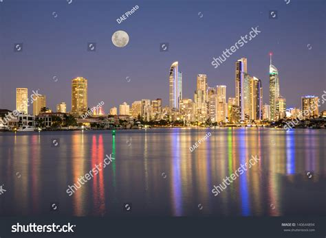 evening lights on the in surfers paradise gold