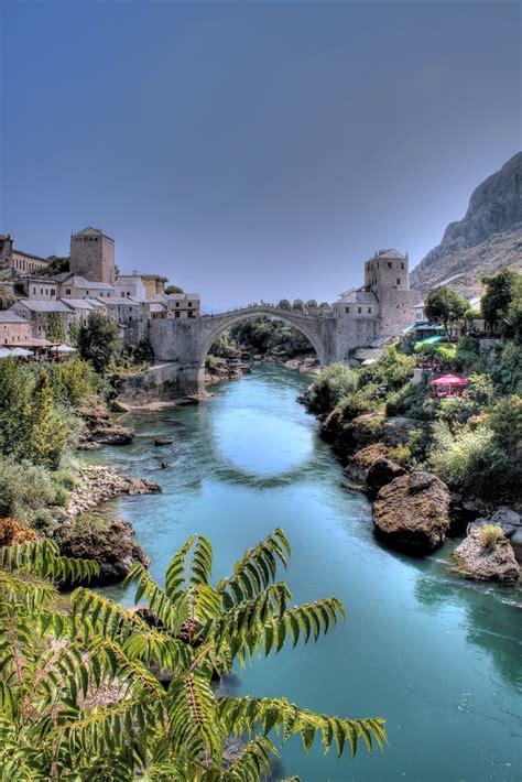 Stari Most / The Old Bridge in Mostar, Bosnia and Herzegov ...