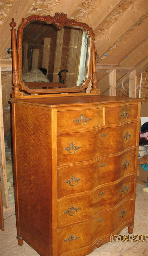 birdseye maple dresser value i a birdseye maple vanity and a large dresser with