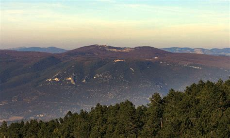 vaucluse mountains