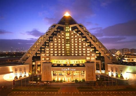 The Raffles 5 Star Hotel, Dubai Pursuitist