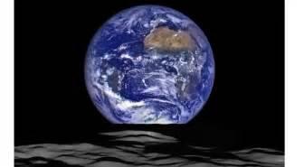 La Lune Tourne Autour De La Terre Vrai Ou Faux by Une Autre Lune 233 Ph 233 M 232 Re Tourne Autour De La Terre