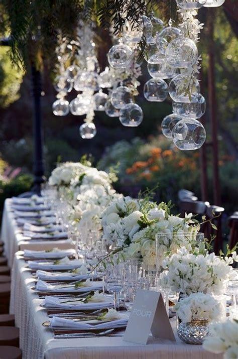 planning barn weddings tips facts thatll