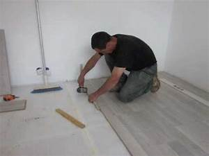 la pose du parquet flottant stratifie youtube With comment mettre du parquet stratifié