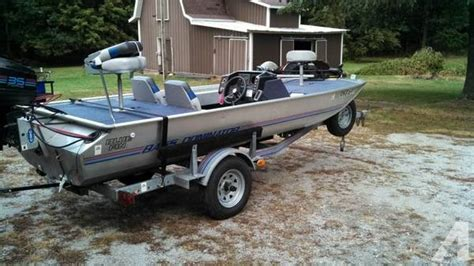 Spectrum 1700 Boat Review by 1988 Blue Fin Bass Boat Want This Sold For Sale In