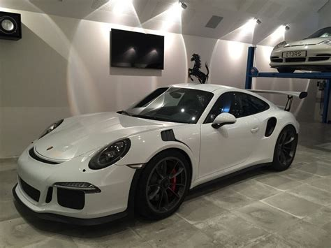 Rs Garage by Gorgerous Garage Gt3 Rs Gets Welcomed Home Rennlist