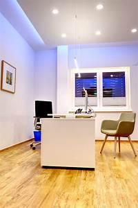 Led Beleuchtung Büro : indirekte led beleuchtung und lampen im b ro ~ Markanthonyermac.com Haus und Dekorationen