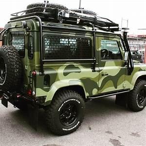 4x4 Land Rover : our passion is to redefine the defender twisteddefender camouflage jeeps pinterest ~ Medecine-chirurgie-esthetiques.com Avis de Voitures