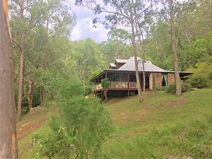 Musgrove Realty - 'Amber Rose' A Colonial Homestead on 5 ...
