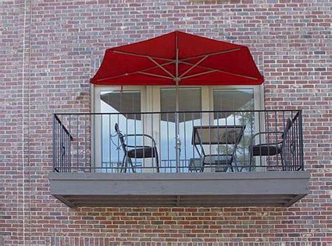 canopy umbrella     small spaces outdoor patio ideas