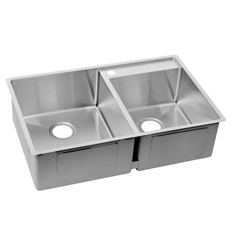 elkay undermount kitchen sinks elkay crosstown water deck undermount stainless steel 33 7052