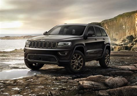 jeep summit price jeep announces new enhancements pricing for 2016 2017