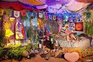hippie dorm rooms