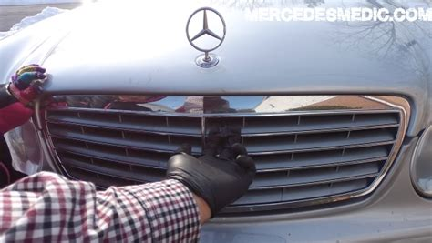 diy how to check engine level mercedes pics