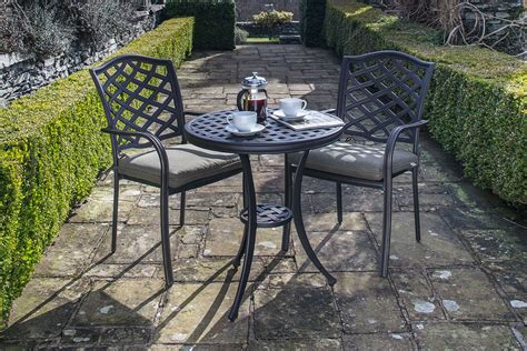 hartman beaumont bistro set in bronze metal garden