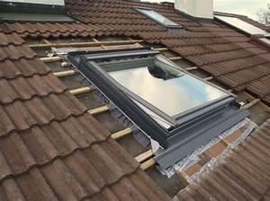 Velux Fenster Einbau : dachfenster einbauen haus deko ideen ~ Orissabook.com Haus und Dekorationen