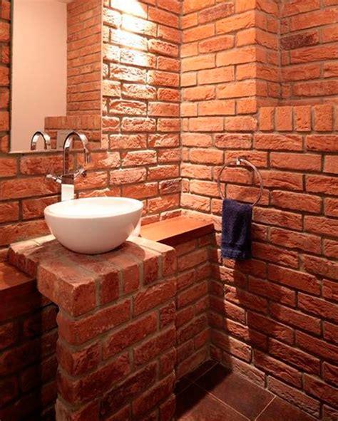 Чим задекорувати стіну?
