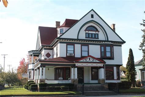 large homes for sale cheap 12 big houses for sale under 400k real estate 101 trulia blog