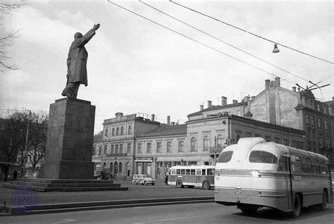 Padomju Latvijas Mākslas dienas - dāvana Ļeņinam pa pieri ...